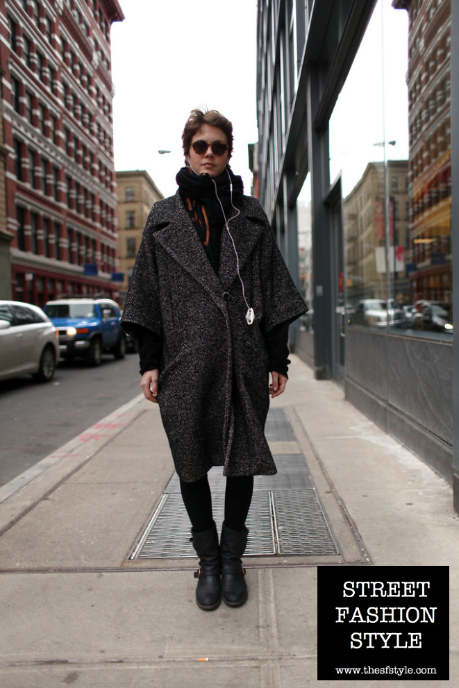 boxy coat, monochromatic, new york fashion blog, STREETFASHIONSTYLE, thesfstyle, short hair,