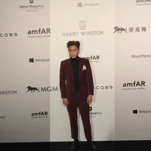 TOP - amfAR Charity Event - Red Carpet - 14mar2015 - indepthhk - 01