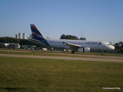 Airbus 320 LV-BRY de Latam Argentina