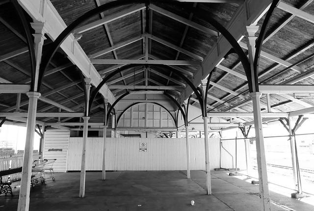 Maryborugh Lennox St Railway Station Queensland  2016 12