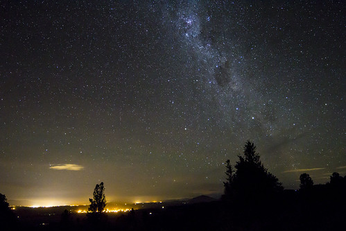 Te Awamutu, Pirongia and The Sky by Astronomr