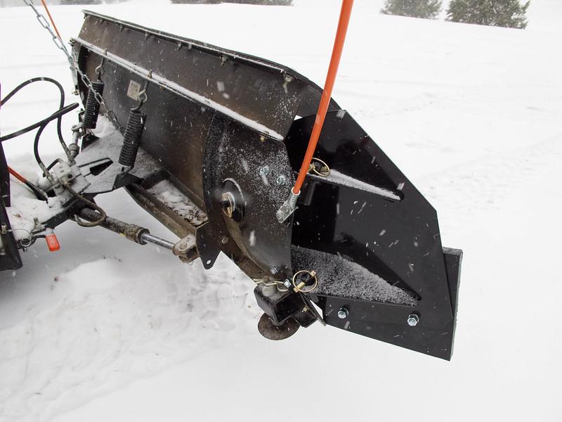Homemade atv snow plow wings homemade ftempo for Craigslist maui farm and garden