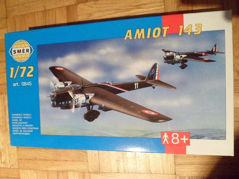 Ouvre-boîte Amiot 143 [Smer 1/72] 8458364062_0a2d76b0ce_b