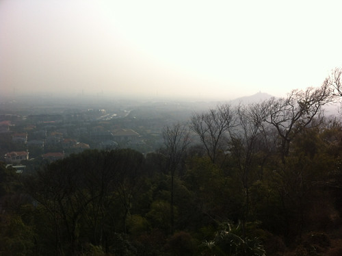 Smoggy view from Sheshan