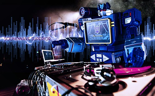 Soundwave Spinning