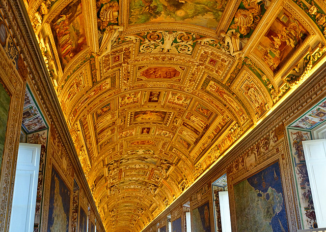 a-vatican-rome-2013-02-15jpg