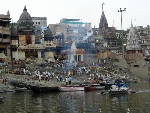 Ghat Manikarnika, famoso crematorio en Benarés (Varanasi, India)