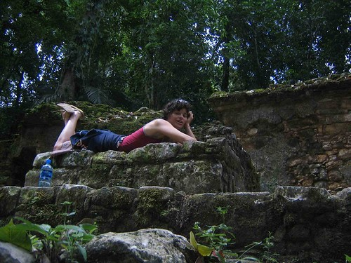 Nikki Fotheringham the South Africa girl with Green Moxie blog in Mexico jungle