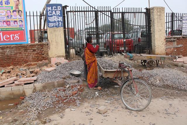 IMG_0135_New-Delhi-female-building-site-worker