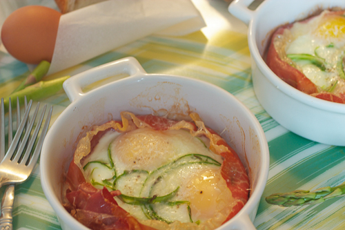 Baked Eggs with Shaved Asparagus and Proscuitto #SundaySupper