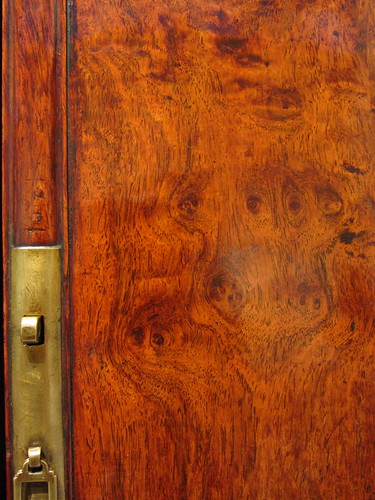detail -- wood grain chinese cabinet