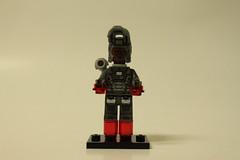 LEGO Marvel Super Heroes Iron Man: Extremis Sea Port Battle (76006) - War Machine