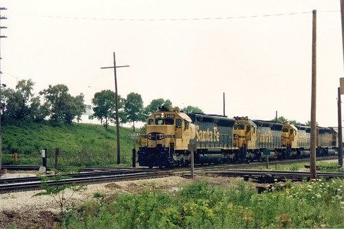 Eastbound Atchison, Topeka & santa Fe Railroad piggyback train passing through Nerska Junction.  Chicago Illinois.  May 1990. by Eddie from Chicago