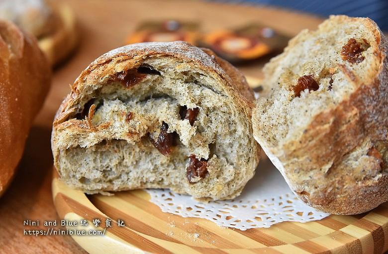 歐客佬咖啡麵包甜點太原路25