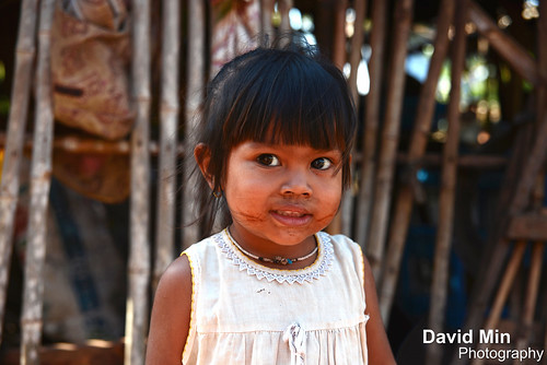 Kompong Thom, Cambodia - Little Girl @Dailylife by GlobeTrotter 2000