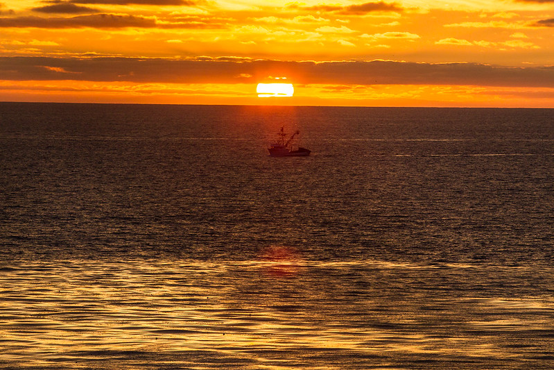 FishingBoat_Encinitas_CA_LHeureux-1165