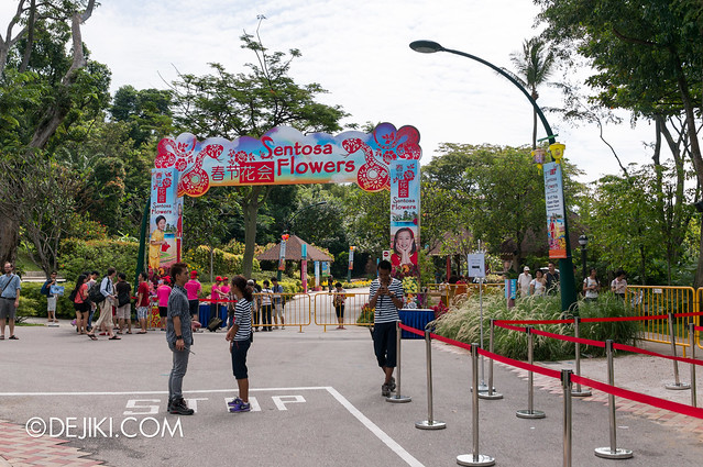 Sentosa Flowers 2013 - Palawan Central Entrance