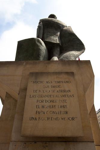 Estatua Salvador Allende en Santiago