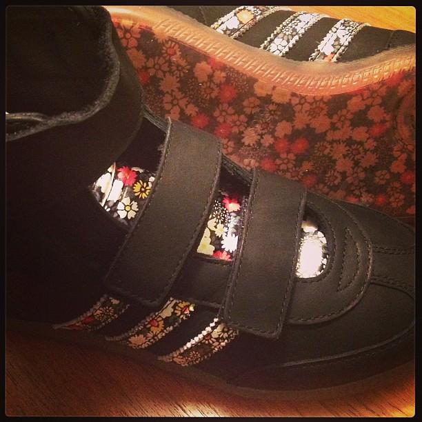 Samba Shoes Womens