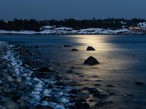 winter moon nature water landscapes sweden stockholm bluehour archipelago