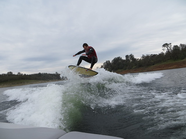 New Camera Wakesurfing 323