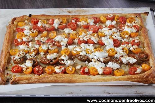 Tarta de tomate y queso de cabra. www.cocinandoentreolivos (12)