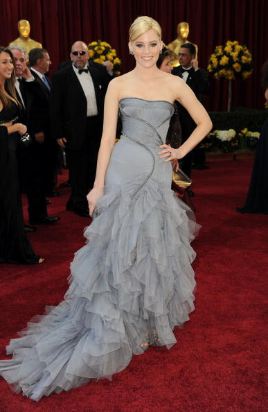 Elizabeth Banks arrives at the 82nd Annual Academy Awards held at Kodak Theatre on March 7, 2010 in Hollywood, California.