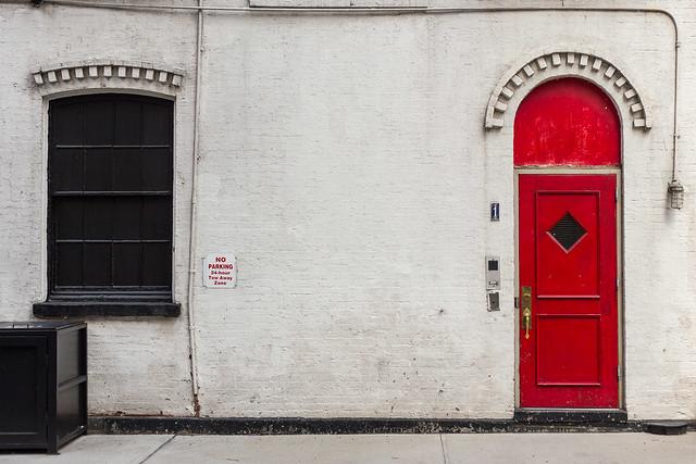 85/365 Red Door