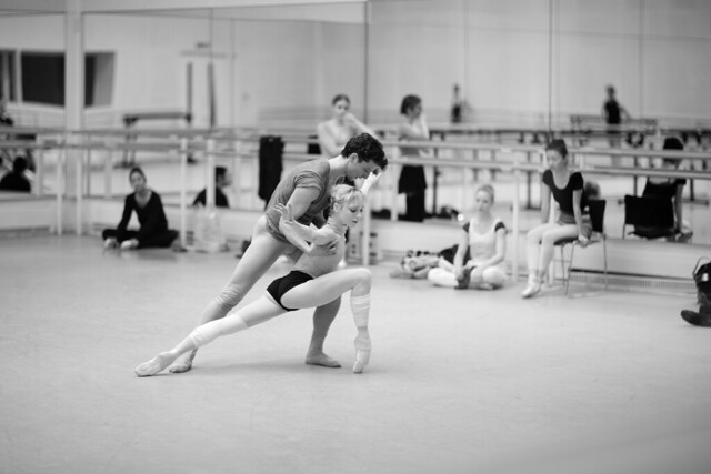 Sarah Lamb and Johannes Stepanek in rehearsals © Andrej Uspenski 2013