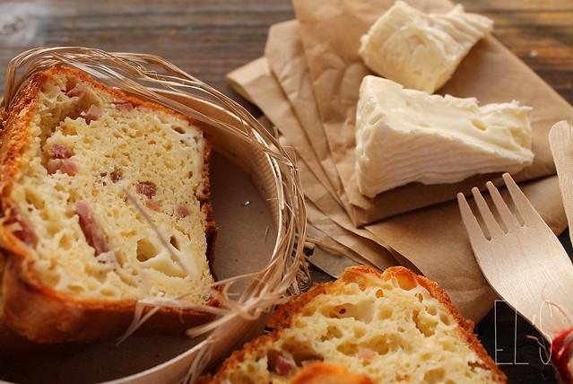 Cake au camembert et au jambon blanc blogs de cuisine - Cuisiner du jambon blanc ...