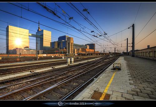brussels sun electric sunrise canon belgium belgique tracks belgië bruxelles trains wires flare erlend brussel northstation belgacom noordstation erroba robaye 5dmarkiii