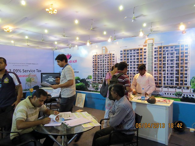Vrindavan Heights Hadapsar - Maharashtra Times Pune Property Show April 2013