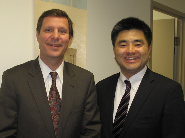 (Left to Right)Dr. James Schoff, Senior Associate of the Asia Program, and Hideshi Futori following their presentation at the East-West Center in Washington.