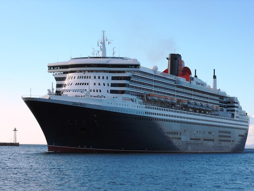 Queen Mary 2 - 9 April 2013 019 by chrisLgodden
