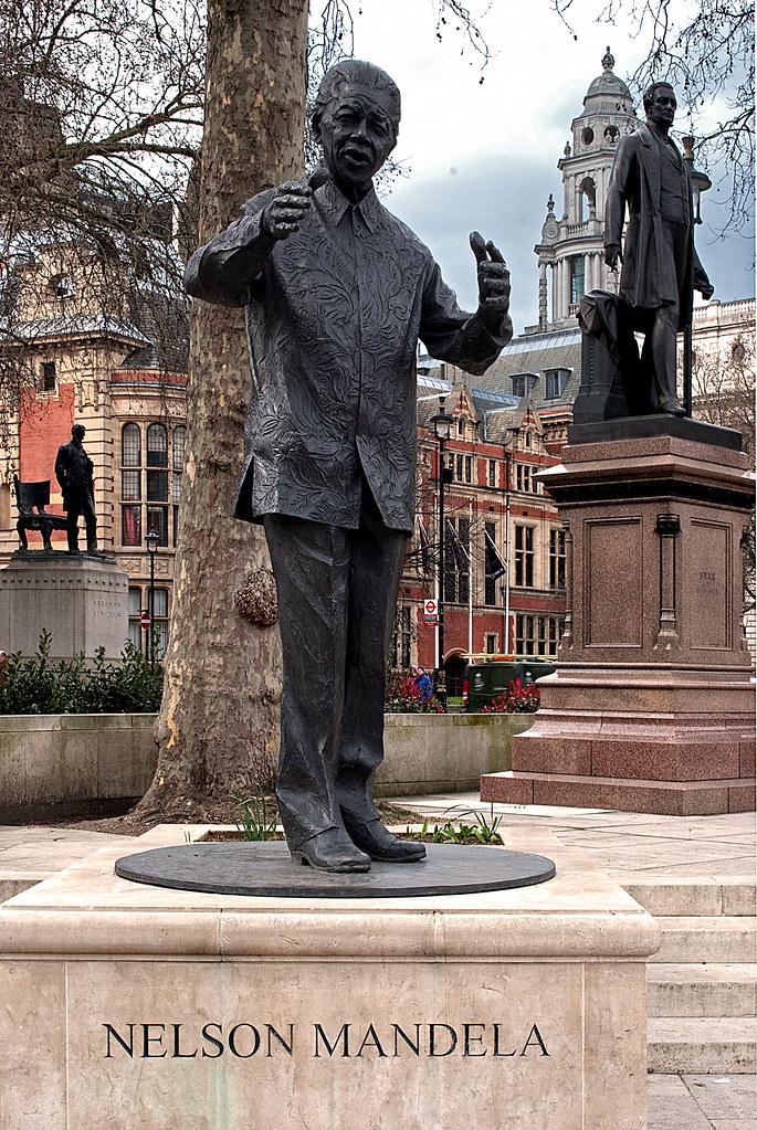 Statue of Nelson Mandela, Parliament Square