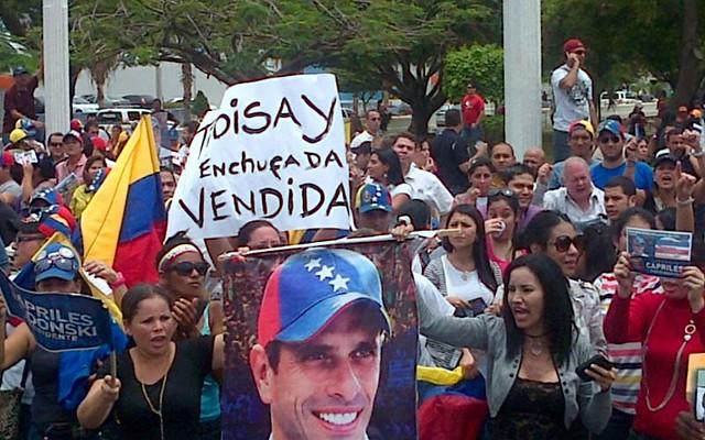 Protestan por resultados del 14A