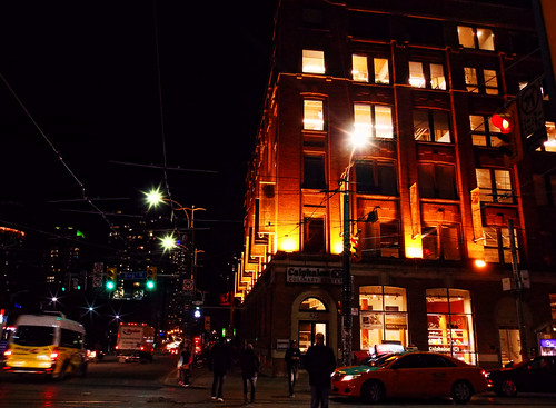 Spadina Night