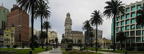 Montevideo: la Plaza de la Independencia