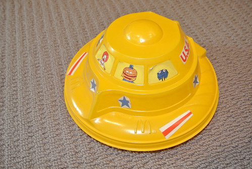 Vintage McDonalds Flying Saucer Happy Meal Container