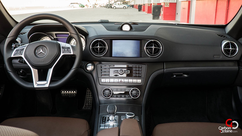 2013 Mercedes Benz SL500 dashboard.jpg