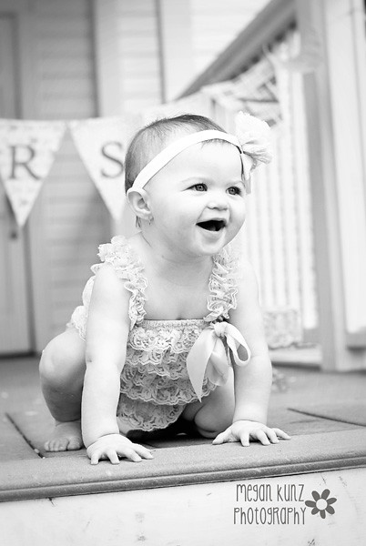Waco Texas Photographer Megan Kunz Photography Karsyn 1 Year 18-2blog