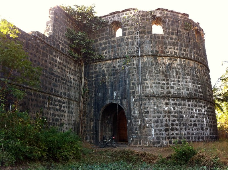 Bastion at Arnala fort