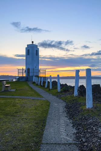 sunset lighthouse washington lighthouses metro parks wa pugetsound tacoma washingtonstate brownspoint commencementbay lighthousetrek