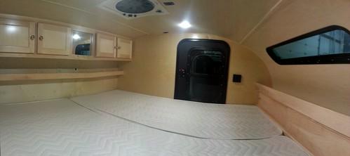 6x10 interior