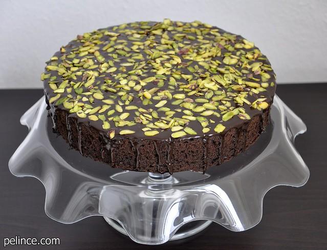 Çikolata Soslu Nescafeli Kek