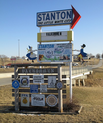 Välkommen till Stanton Sign (Stanton, Iowa) by courthouselover