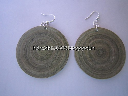 Handmade Jewelry - Paper Quilling Disk Earrings (Color Newspaper) (1) by fah2305