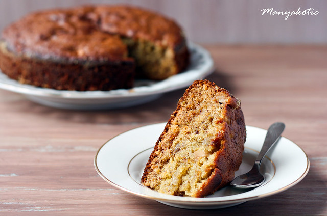 lemon-ginger and date cake with apple