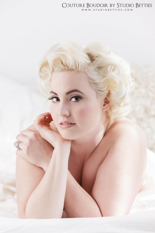 Marilyn Monroe Boudoir 5