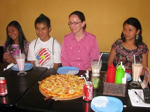 With María Osorio, José Nehemías, and Evelin Elena